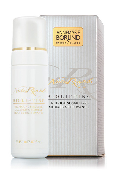 NatuRoyale Biolifting Cleansing Mousse
