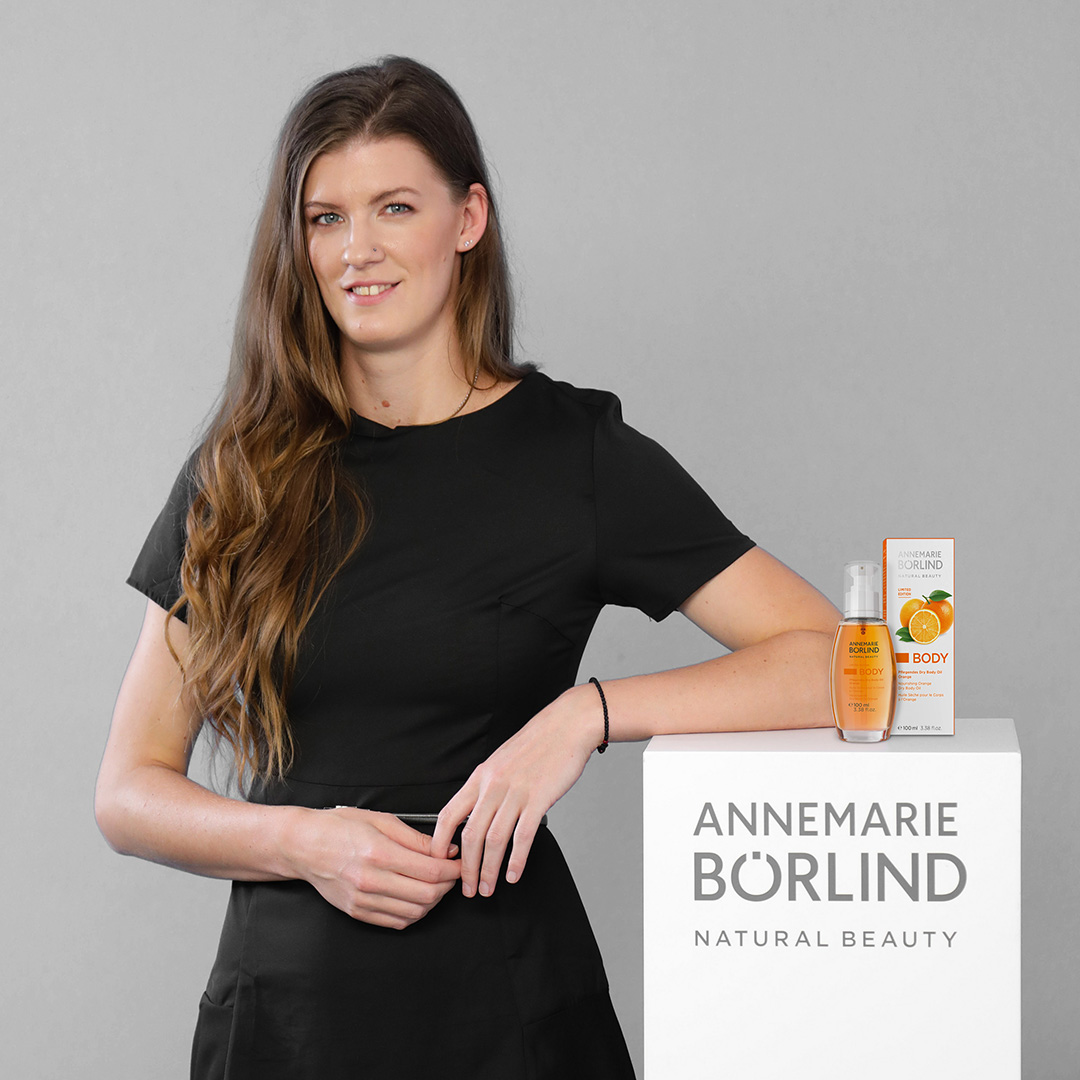 Renata Sandor ANNEMARIE BÖRLIND Dry Body Oil